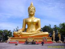 Статуя Золотого Будды