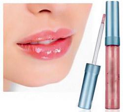 выбрать блеск для увеличения губ