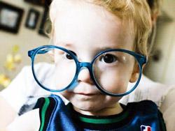 Как подобрать очковую оправу для ребенка